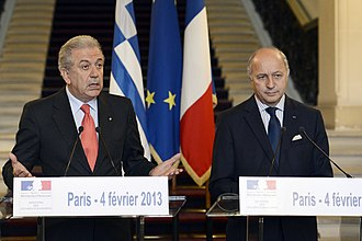 France–Greece relations - Greek Foreign Minister Dimitris Avramopoulos and French Foreign Minister Laurent Fabius in a joint press conference in Paris in February 2013