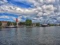 Вид на Набережную Балтийска и маяк с моря.jpg