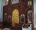 Иконостас церкви Воскресения Христова над Форосом (Крым).jpg