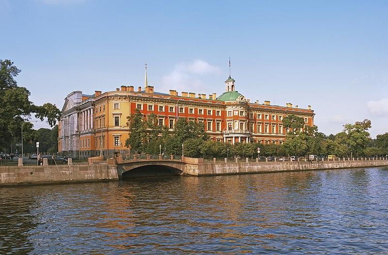 императорский дворец в