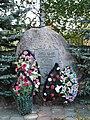 Памятник Великой Отечественной в Караше - panoramio.jpg