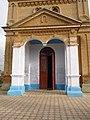Покровська (старообрядницька) церква - портик, Кілія.JPG