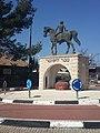 """פסל """"הנער והסוס"""" בכפר תבור צילום אלי אלון.jpg"""