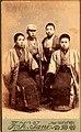 山本五郎(右から2人目) 明治30年3月14日 中尾駒三郎君出店記念写真.jpg