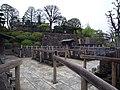 赤穂四十七士の墓 - panoramio.jpg