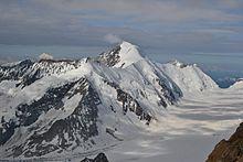 Versante nord della montagna con in basso l'Aletschfirn.