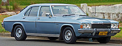 1977-1980 Holden HZ Premier sedan 01.jpg