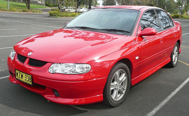 File:2000 Holden Commodore (VX) S sedan (2009-11-16) 01.jpg