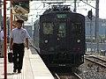 2007-08-26 JR- Yakujin Station,Kakogawa Line JNR103系改造車両 横尾忠則「走れ!Y字路」 8260243.JPG