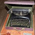 2012-02-Schreibmaschine kubanische Revolution anagoria.JPG