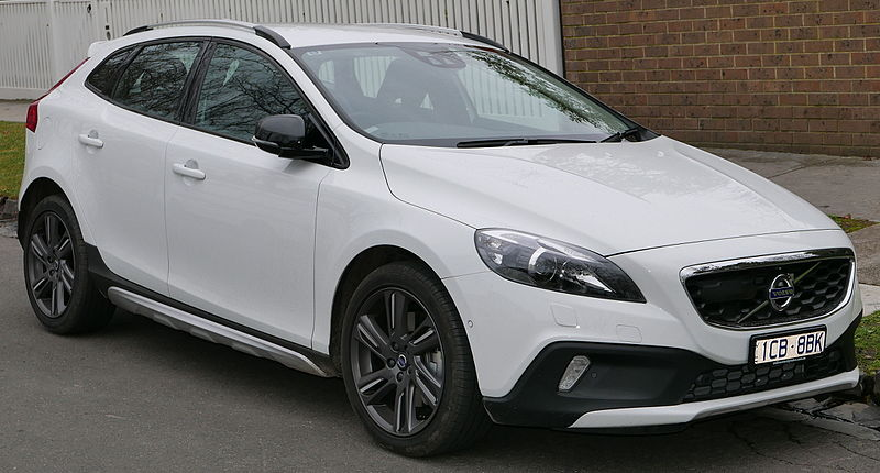 file 2015 volvo v40 my15 cross country d4 luxury hatchback 2015 07 09 wikimedia commons. Black Bedroom Furniture Sets. Home Design Ideas