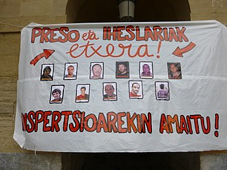 Basque National Liberation Movement prisoners - Placard in support of the Basque prisoners (San Sebastián)