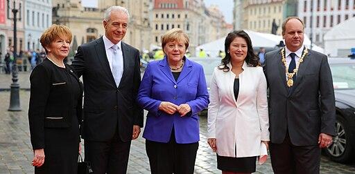 2016-10-03 Stanislaw Tillich, Angela Merkel, Dirk Hilbert (Tag der Deutschen Einheit 2016 in Dresden) by Sandro Halank