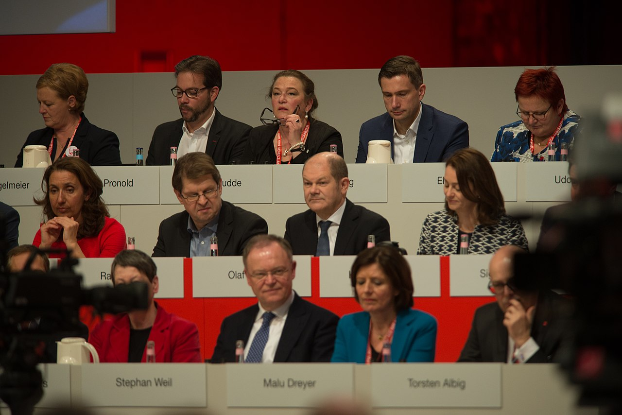 2017-03-19 Gruppenaufnahmen SPD Parteitag by Olaf Kosinsky-1.jpg