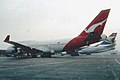 278aa - Qantas Boeing 747-438; VH-OJG@LHR;29.02.2004 (5424562908).jpg
