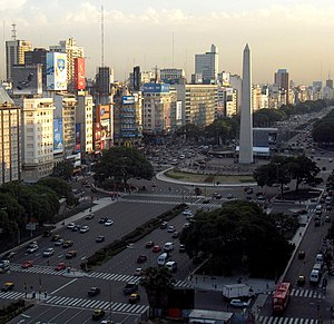 9 de Julio Avenue - The avenue in 2007.