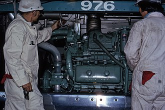 Detroit Diesel Series 71 - Image: ACT206 No. 976 (New Look, 6V71) (11177940814)