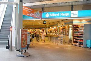 Albert Heijn - Albert Heijn To Go supermarket at the Amsterdam Bijlmer ArenA station.