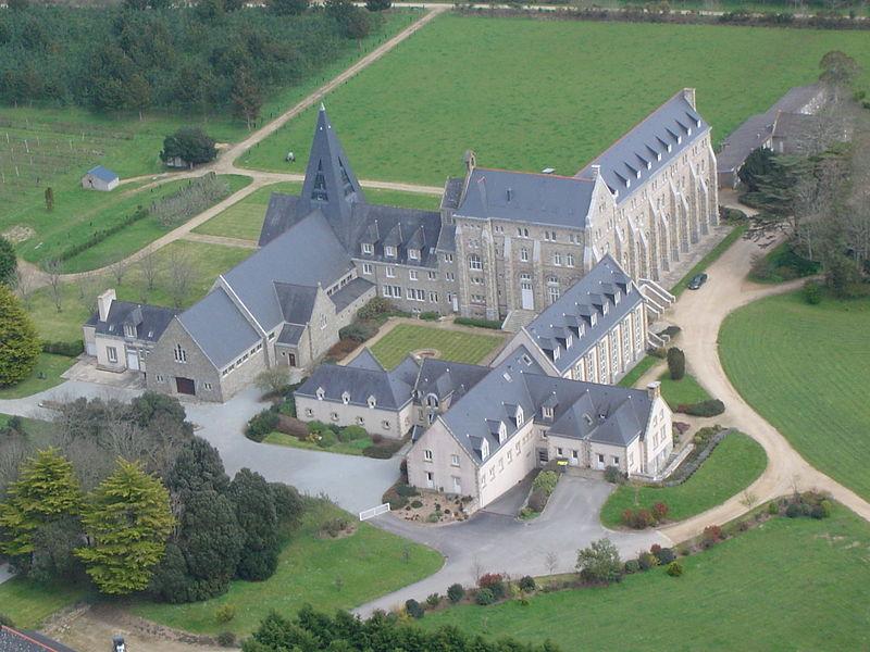 Vue aérienne du monastère.