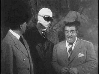 Abbott and Costello Meet the Invisible Man - Screenshot from the trailer for the film