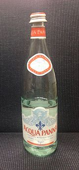 Acqua Panna mineral water in a glass bottle - 20140408.jpg