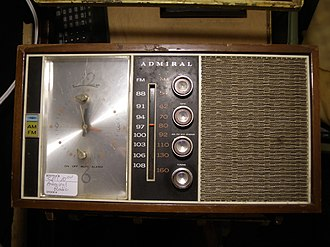 Admiral (electrical appliances) - Admiral clock-radio