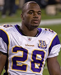 Adrian Peterson (cropped).jpg