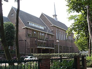 Aloysius College, The Hague - Image: Aloysiuscollege, Oostduinlaan 42 50 't Hoenstraat 30, Den Haag