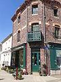 Anciennes maisons à boutique.jpg