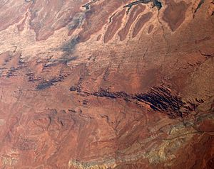 Fin (geology) - Image: Arches National Park aerial geology