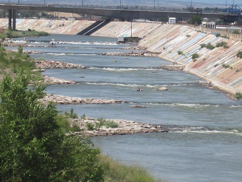 File arkansas river in downtown pueblo co img 5116 jpg for Pueblo reservoir fishing report