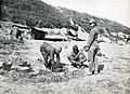 Armata 9 germana - Album foto - Braila - trupe turcesti pregatind masa.jpg