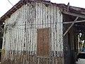 Armazém de madeira - Estação Pirapitingui do antigo traçado Itu-Mairinque da Estrada de Ferro Sorocabana - panoramio.jpg