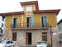 Arriondas - Ayuntamiento de Parres.jpg