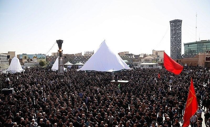 Ashura 2016 mourning in Imam Hossein Square, Tehran 02
