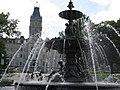 Assemblée nationale du Québec - Fontaine de Tourny2.jpg