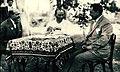 Atatürk Yalova'da yemek yerken.jpg