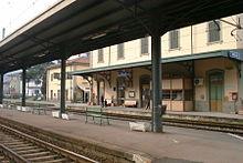La vecchia stazione nel 2001, sette anni prima della dismissione