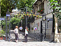 Avenue Frochot, Paris 15 August 2006.jpg