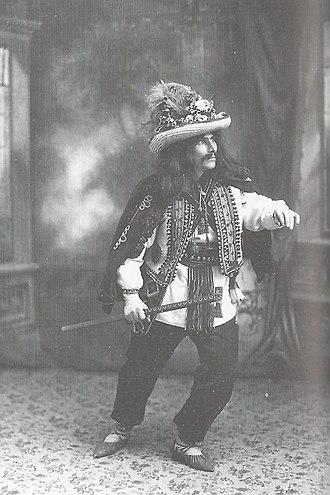 Vasyl Avramenko - Image: Avramenko doing the 'Dovbush' solo dance