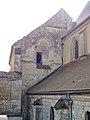 Béthisy-Saint-Pierre (60), chamberie, bâtiment médiéval près du chevet de l'église.jpg