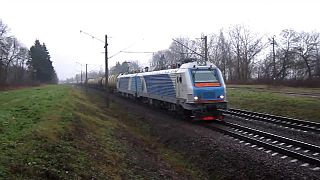 Файл:BKG1-001 with freight train.webm