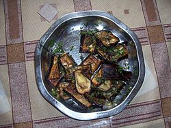 Badridjani with garlic.jpg