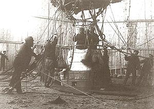 Danes Island - Image: Balloon.explorers
