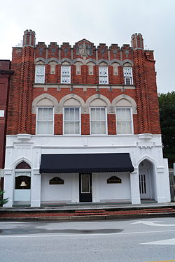 Bank of Onslow and Jacksonville Masonic Temple.JPG