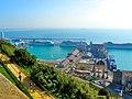Barcelona, el port amb vaixells de creuer - panoramio.jpg
