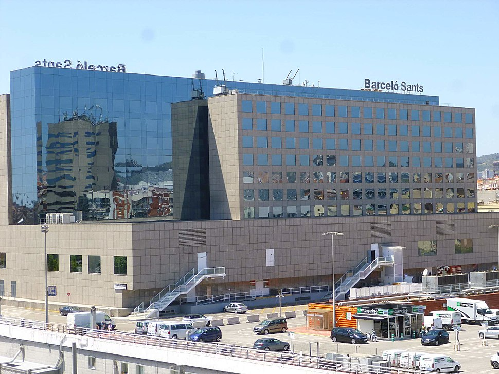 Barcelona - Estaci%C3%B3n de Sants y Hotel Barcel%C3%B3 Sants 2