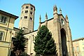 Basilica di Sant'Antonino (Piacenza), esterno 02.jpg