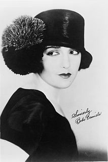 Bebe Daniels American entertainer