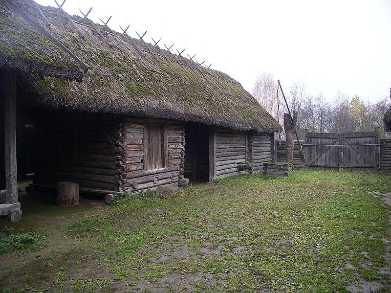 File:Belarus-SMFAL-Lakes Region-House-5.jpg